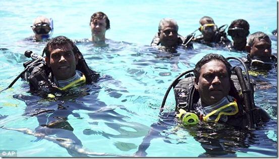 Associated-Press-Image-Maldives-Cabinet-2