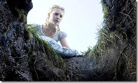 Mia-Wasikowska-in-Alice-i-001