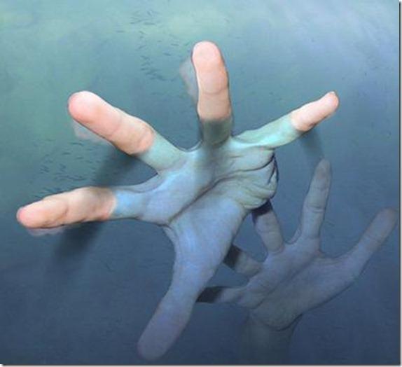 hand_drowning1