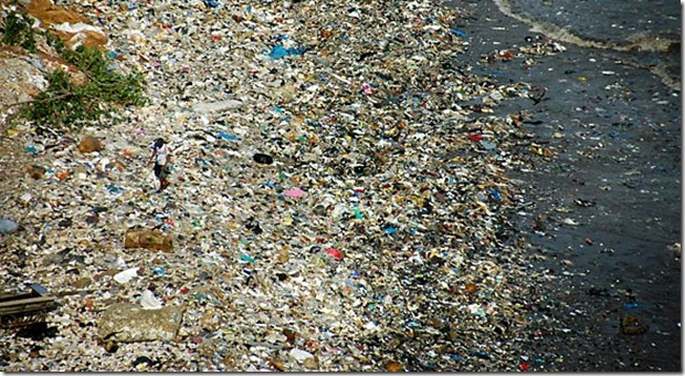 plastic-beach-03