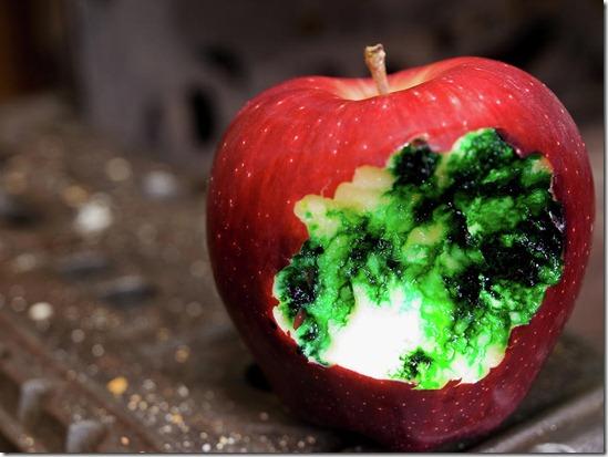 poisoned-apple-jim-delillo