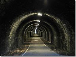 Images-of-Scotland---The-Innocent-Railway-Tunnel-Edinburgh