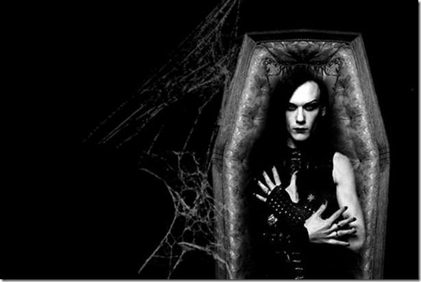 Vampire_Luminor_in_coffin_by_thedarksin